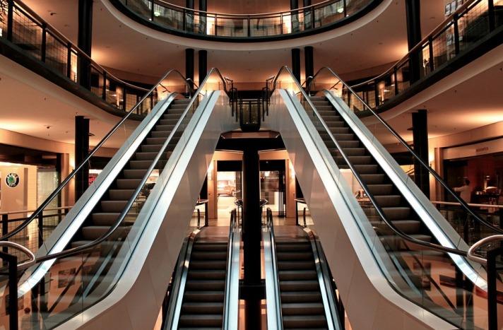 escalator segment long short