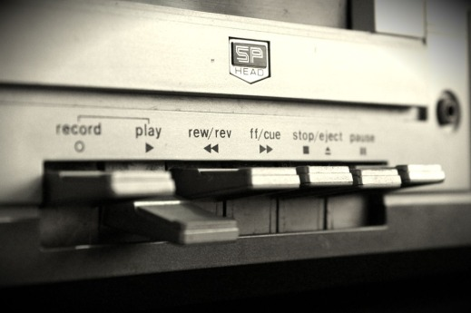 tape deck play button